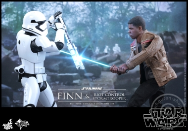 Star Wars - Finn and First Order Riot Control Stormtrooper