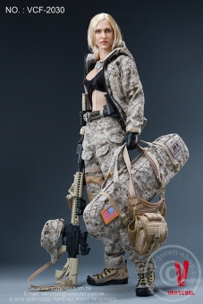 Max - Digital Camouflage Woman Soldier
