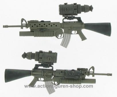 M16A2 mit M203 und AN/PVS-4 Night Vision Scope