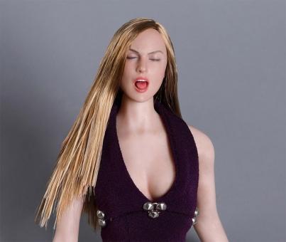 Female Head w/ closed Eyes - blond hair