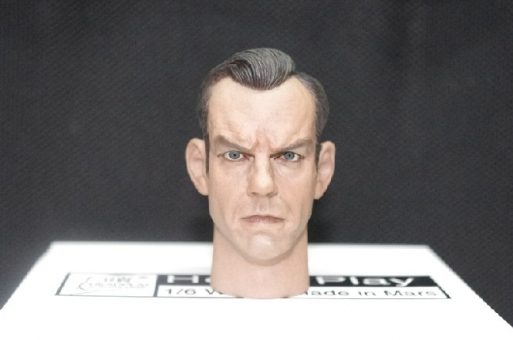 Hugo Weaving - Head + Body