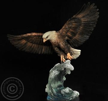 Adler/Falke mit Diorama Basis