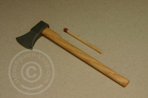 Axt - Holz und Metall