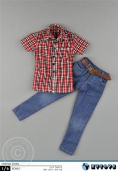 Kariertes Hemd mit Jeans und Gürtel